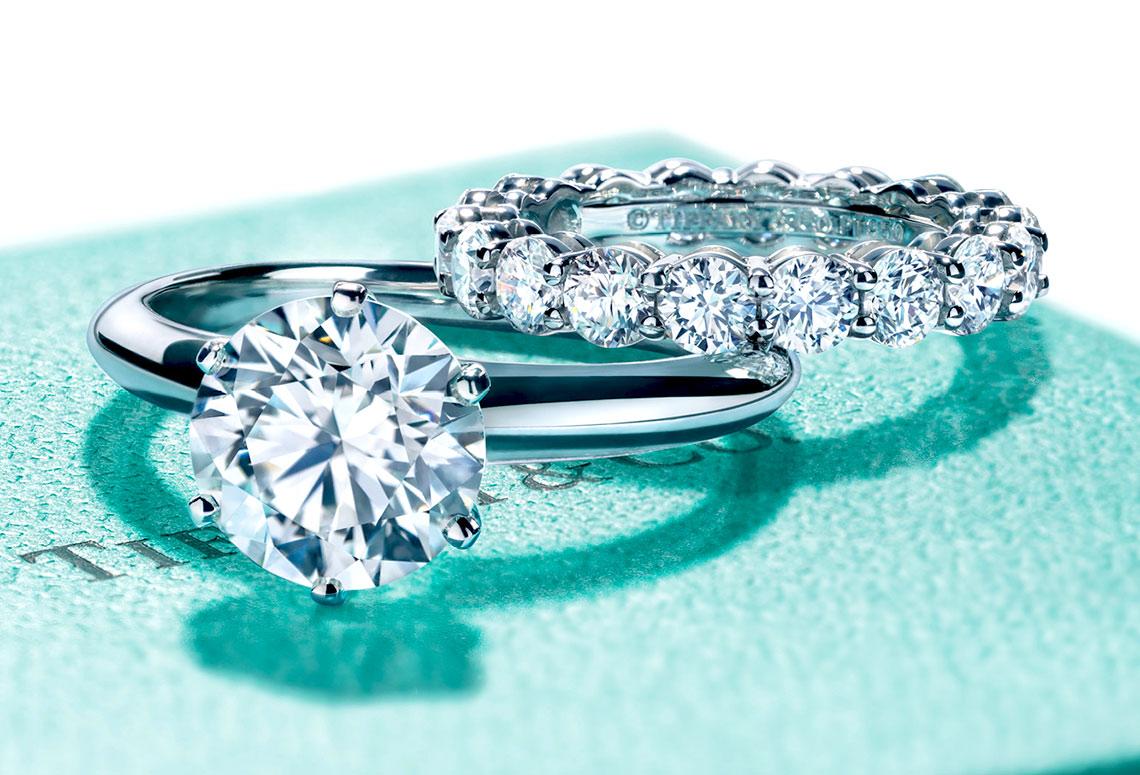 Золотые кольца Тиффани: какого они цвета?