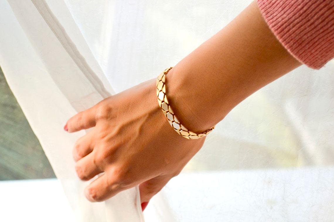 Женская цепочка на руку – элегантное украшение для любого случая
